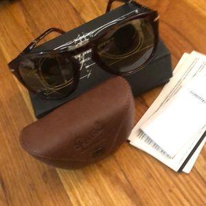 Person men's sun glasses